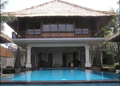 BEACH HOUSE @ THE LEGIAN HOTEL